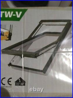 Fakro FTW-V P2 Centre-Pivot Window White acrylic roof window loft skylight 55x78