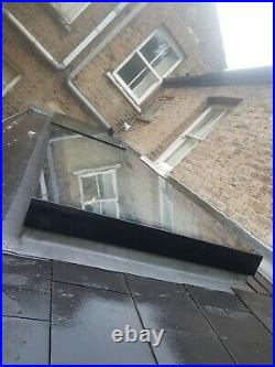 Flat roof skylight, 0785886flat roofLantern window, solar reflective glass. 5853