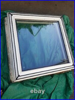 Flat roof skylight window