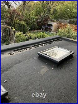 Flat roof skylight window X2. 600mx900m
