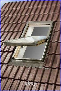 REDUCED/02 Optilight Roof Window 78 x 98cm Centre Pivot Skylight, Flashing