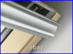 VELUX SK06 Pine Centre Pivot Roof Window Wooden Loft Skylight 114cm x 118cm